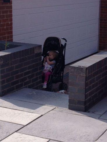 Strop - home pushchair
