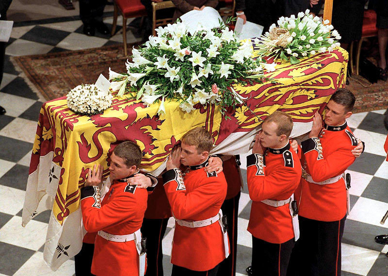 diana-funeral-westminster-abbey-princess-diana-21529947-800-570